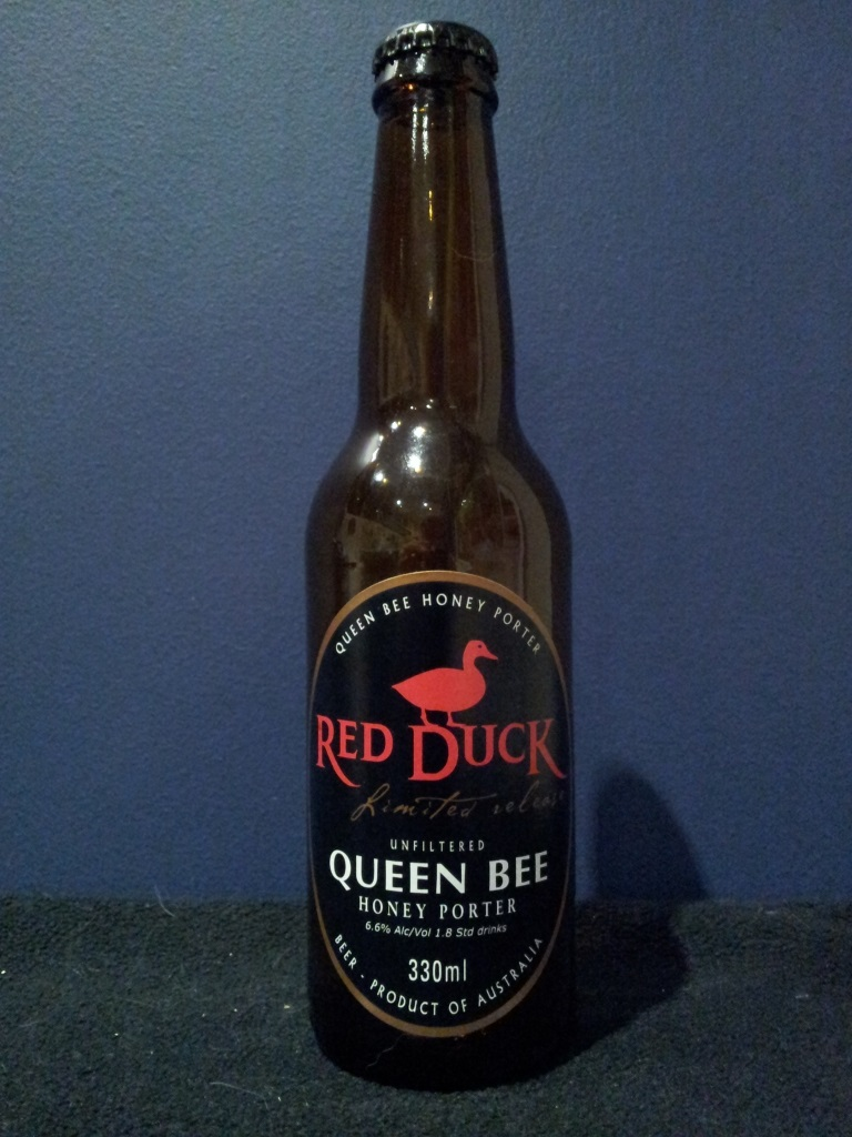 Red Duck Queen Bee Honey Porter, Purrumbete.jpg