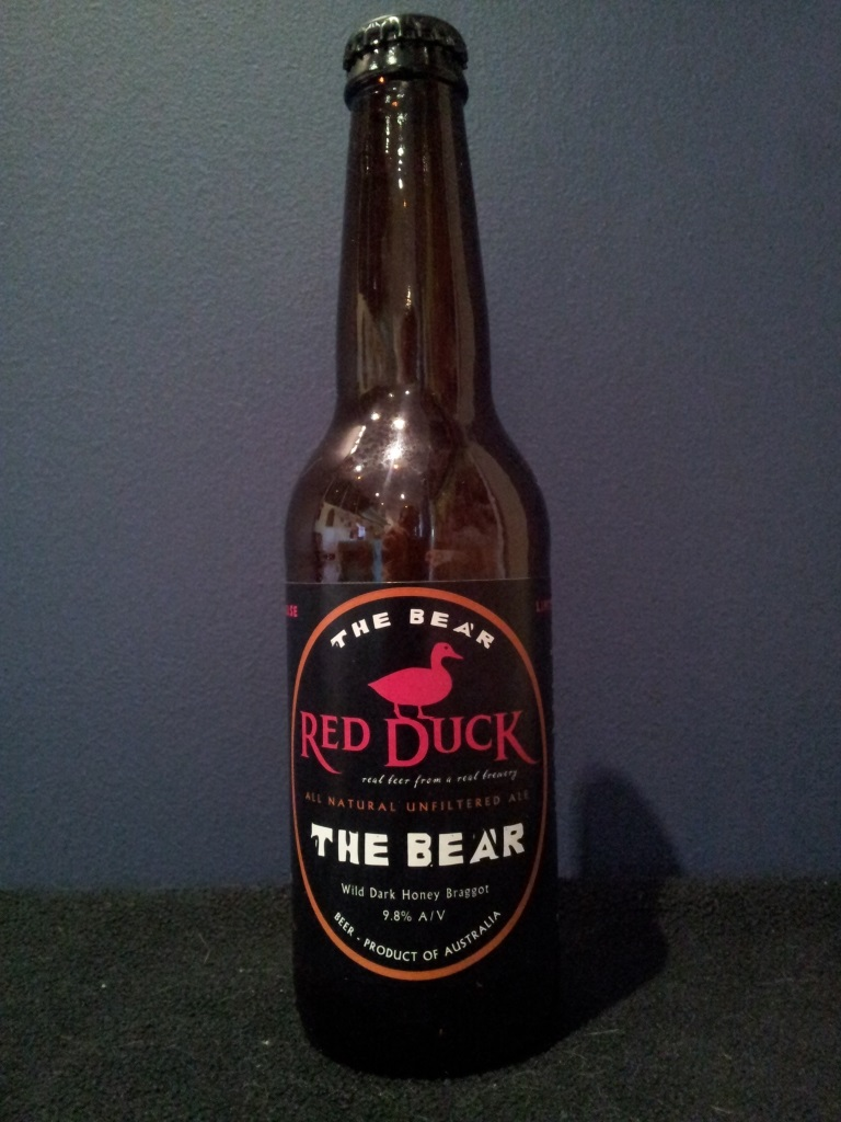 Red Duck The Bear, Purrumbete.jpg